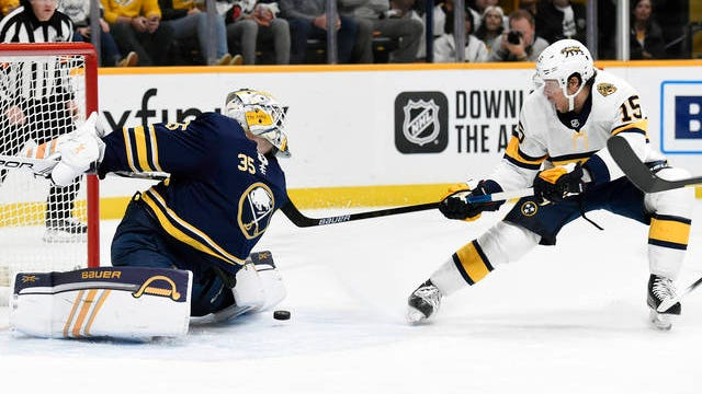 Craig Smith (15) scored a third-period power-play goal Saturday night to give the host Nashville Predators a 2-1 win over the Buffalo Sabres.