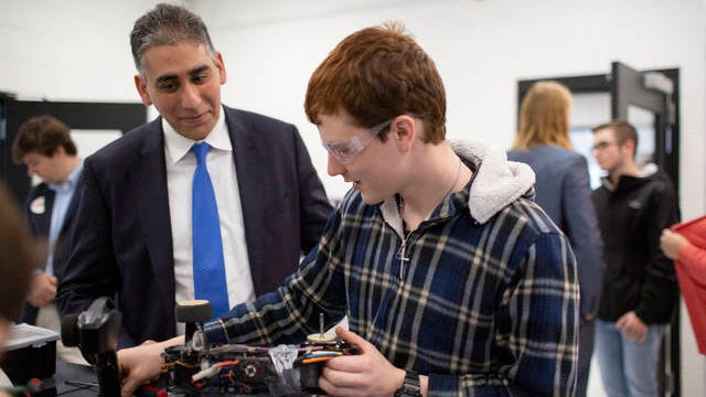 U.S. Senate candidate Manny Sethi meets with Josef Dorris, 16, during a tour of Mt. Pleasant High School in Maury County on Tuesday, March 10, 2020.
