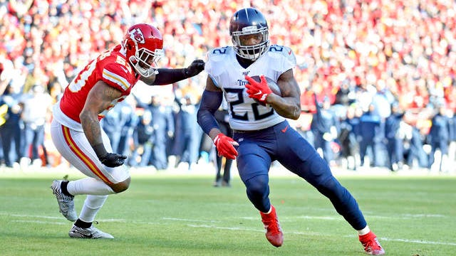 Titans running back Derrick Henry (22) runs for a touchdown past Kansas City Chiefs linebacker Anthony Hitchens (53) during last season's AFC Championship game.