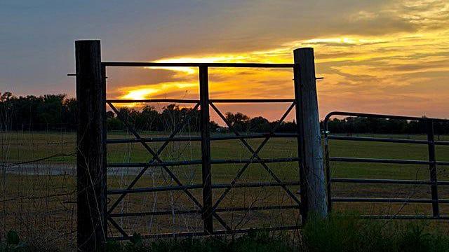 A beautiful Kansas sunset.