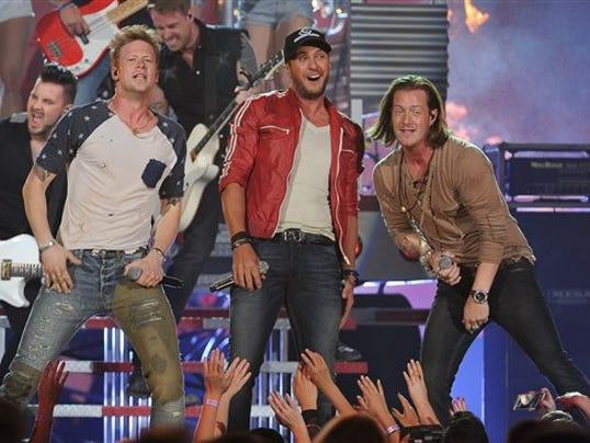 2014 Billboard Music _Ray