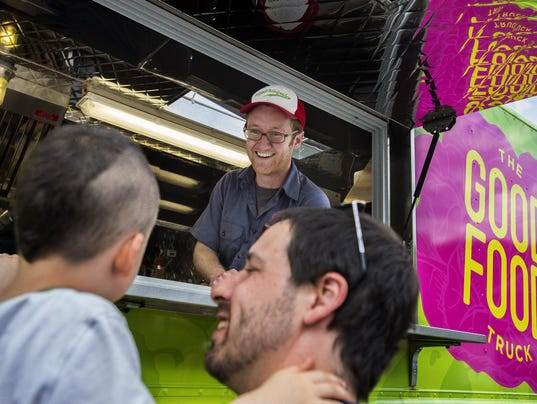 Food truck serves up a social mission with meals