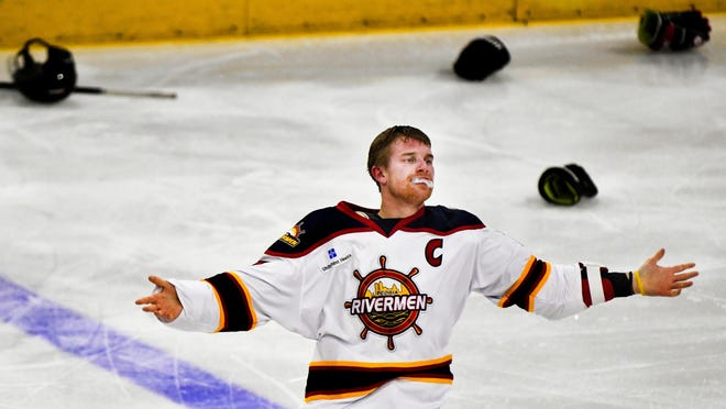 RON JOHNSON/JOURNAL STAR Alec Hagaman of the Peoria Rivermen acknowledges the applause of the crowd after a fight that took him off the ice during a SPHL game with the Quad City Storm in January at Carver Arena.