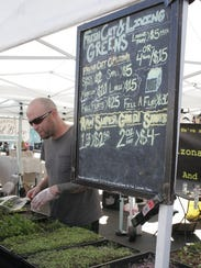 Arizona Living Greens LLC offers a variety of fresh-cut