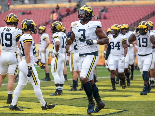Michigan Wolverines defensive end Rashan Gray warms up for the Outback Bowl at Raymond James Stadium in Tampa, Fla., Monday, Jan. 1, 2018.