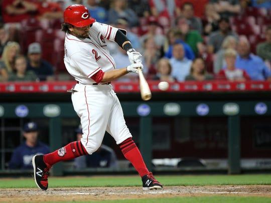 Cincinnati Reds shortstop Alex Blandino (2) hits his