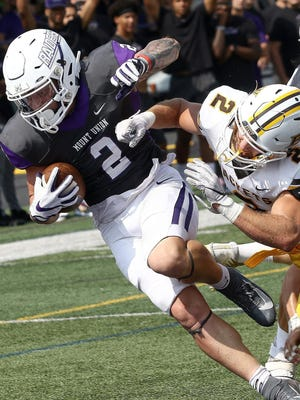 Mount Union, Baldwin Wallace and other OAC teams would play an abbreviated football schedule in March and April under a plan announced by the conference.