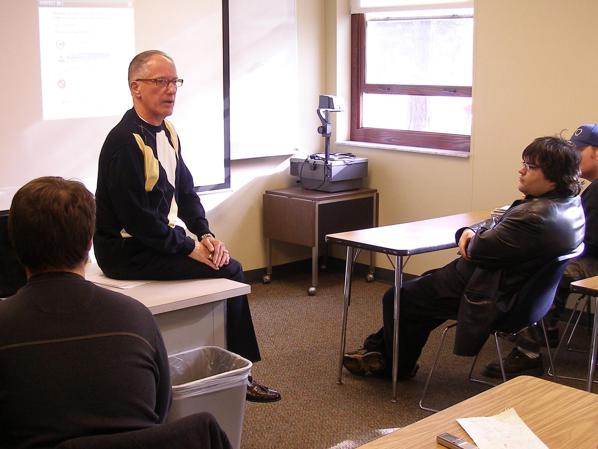 """Award-winning National Hockey League broadcaster Mike """"Doc"""" Emrick speaks to an Introduction to Mass Media class in 2010 at St. Clair County Community College. Emrick was recently named as winner of the Vin Scully Award for lifetime achievement in sports broadcasting."""