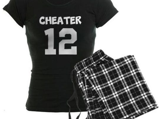 This set comes in pink plaid and lumberjack prints.