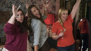Review: Bumbling 'I Feel Pretty' has a beauty complex
