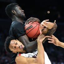 Thursday's NCAA roundup: Florida State upends Gonzaga, faces Michigan