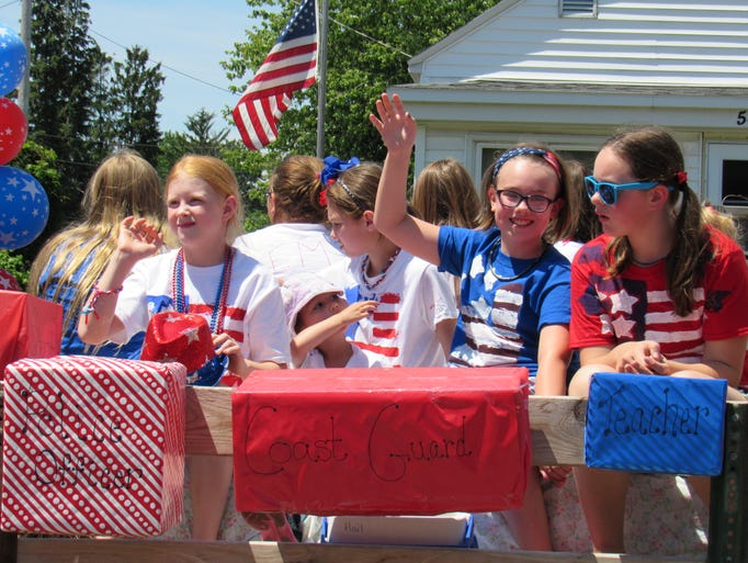 Floats, fire trucks, veterans, horse and more take