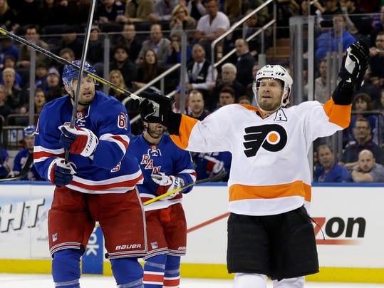 Flyers Rangers Hockey_Levi(1).jpg
