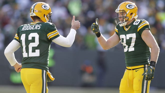 Dan Powers/USA TODAY NETWORK-Wisconsin Green Bay Packers quarterback Aaron Rodgers and receiver Jordy Nelson celebrate their touchdown connection in the second quarter of Saturday?s game against the Minnesota Vikings at Lambeau Field. The Packers walloped the Vikings, 38-25. Green Bay Packers' Aaron Rodgers and Jordy Nelson celebrate their touchdown connection in the second quarter.  The Green Bay Packers host the Minnesota Vikings Saturday, December 24, at Lambeau Field in Green Bay, Wis.  Dan Powers/USA TODAY NETWORK-Wisconsin