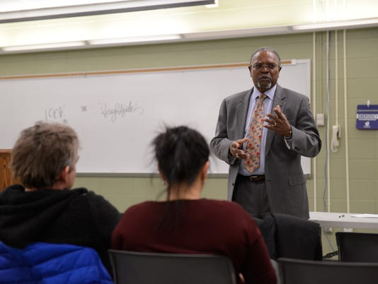 Teaneck holds forum for new superintendent