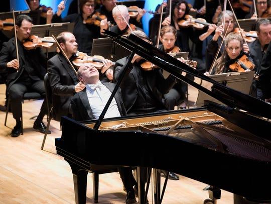 """Alexander Gavrylyuk wowed in """"Rhapsody in Blue,"""" and"""