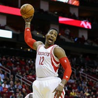 f8c94aa8d3ae Dwight Howard believes he can be dominant again