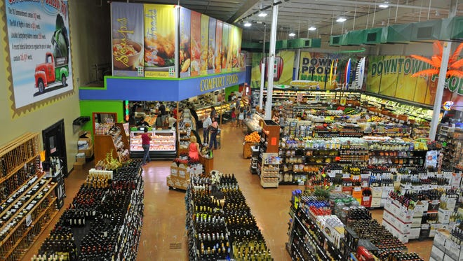 Downtown Produce in Melbourne will host a food, wine and beer tasting Friday and Saturday.