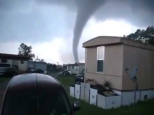 Why Trailer Parks May Be Tornado Magnets