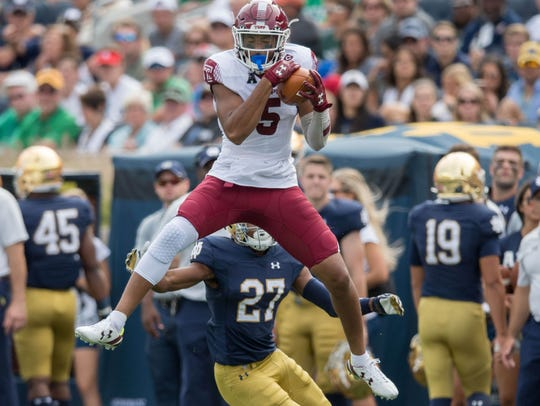 Temple Owls wide receiver Keith Kirkwood (5) catches