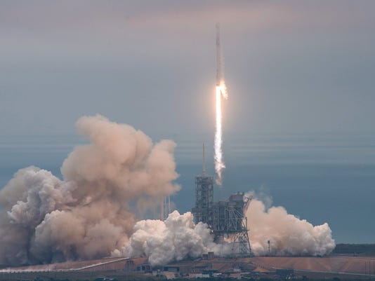 EPA USA SPACEX LAUNCH SCI SPACE PROGRAMMES USA