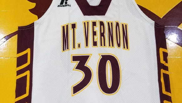 Mount Vernon will retire the jersey of former player