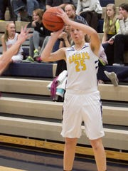 Lexey Tobel led the Eagles with 15 points in Thursday