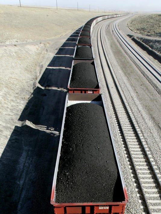 IMG_Coal_Surging_Exports_1_1_K95LADO5.jpg_20131113.jpg