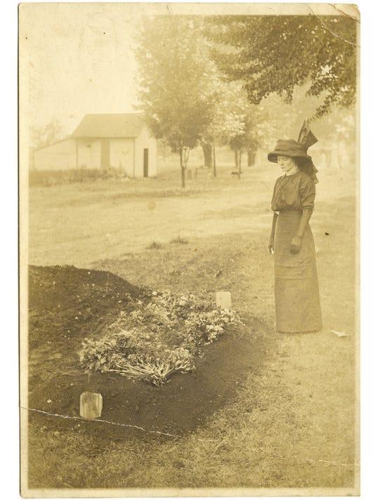 oaklands cemetery evergreen