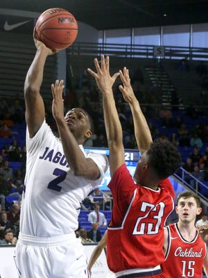 Tennessee-Martin signee Carlos Marshall scored 24 points as Southwind pulled away late to defeat Murfreesboro Oakland, 59-40, in the TSSAA BlueCross AAA state quarterfinals at the Murphy Center.