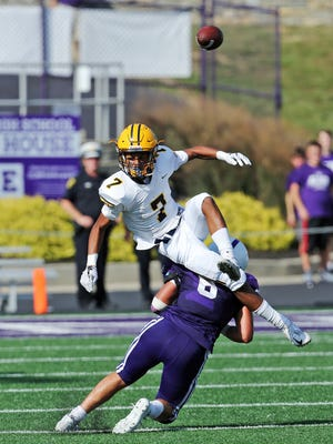 Saint Ignatius wide receiver Nigel Drummond II can't haul in this pass in the game against Elder at Elder High School Sept. 23, 2017.