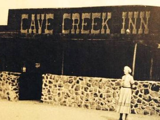 Cave Creek/Black Mountain Store (1928): Located across from Town Hall, this building began as a store and later became the Cave Creek Inn. It's now the site of Oregano's.