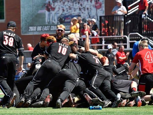 06-10-17-louisville-cardinals-baseball