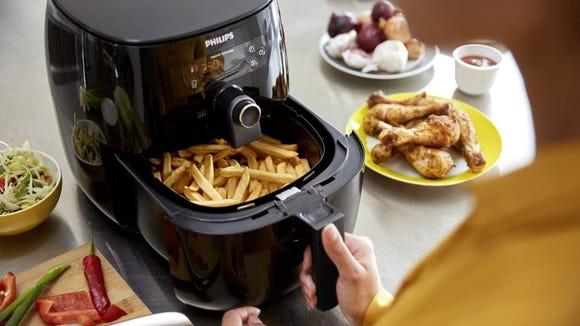 Best kitchen gifts 2019: Philips Air Fryer XXL