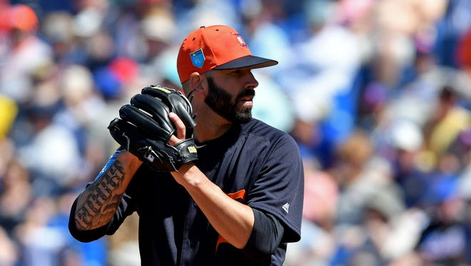 Mar 5, 2018; Port St. Lucie, FL, USA; Detroit Tigers staring pitcher Mike Fiers delivers a pitch during a spring training game against the New York Mets at First Data Field.