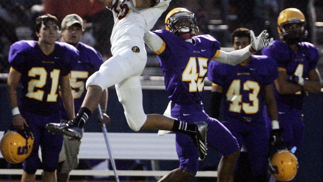 Riverdale's Gentry Bonds has more than 15 scholarship offers.