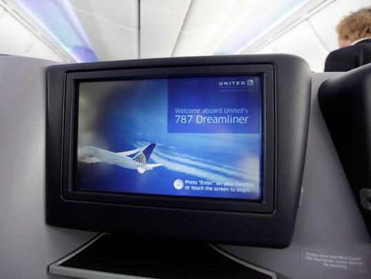dreamliner seatback screen