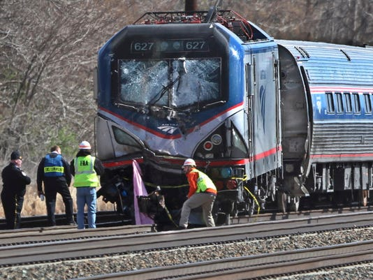 AP TRAIN DERAILS PENNSYLVANIA A FILE USA PA