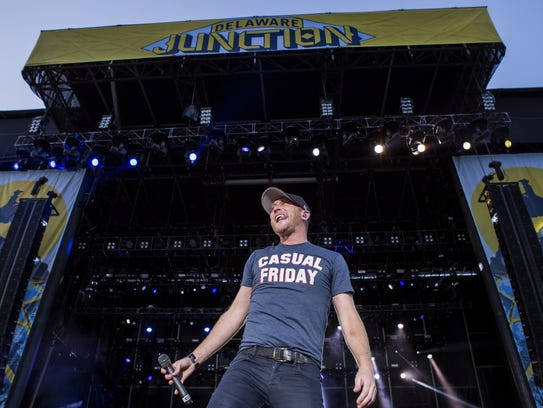Cole Swindell performs at the Delaware Junction Music