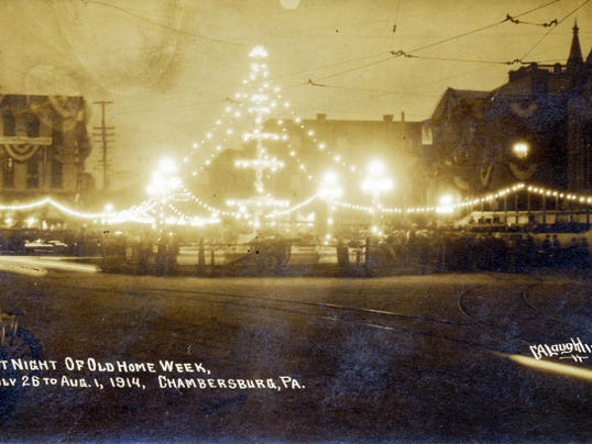 A night scene during Old Home Week 1914