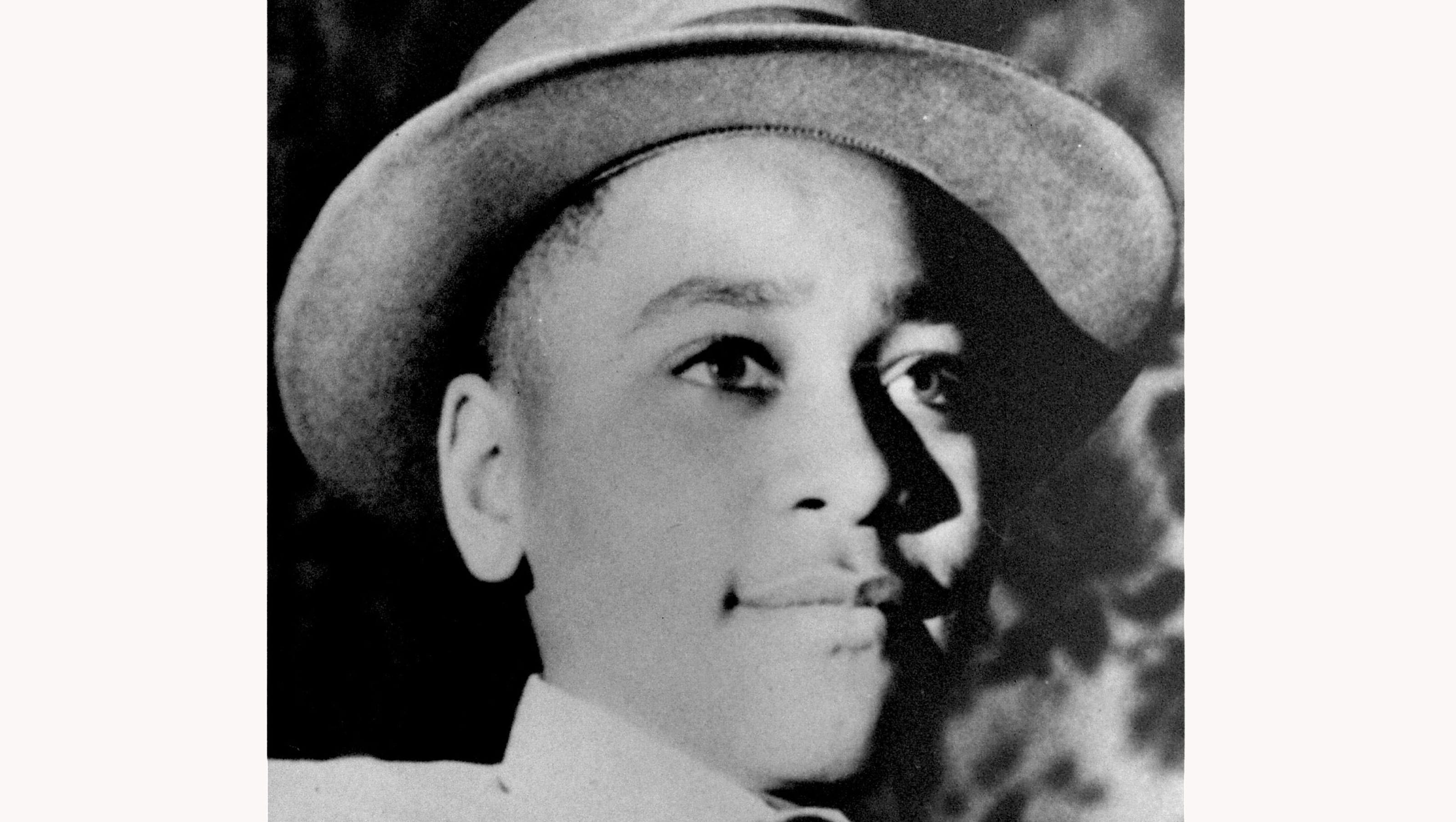 murder of emmett till essay Essay about emmett till a representation of emmett till's murder the kidnapping and horrific lynching of emmett till, a 14 year old african american boy, and the exoneration of his white murderers sparked an outrage across america.