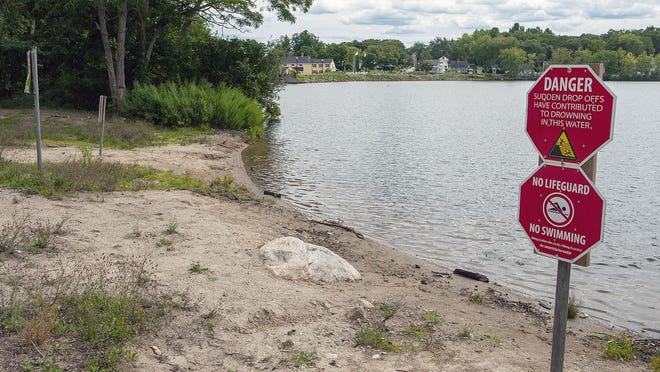 Hillside Beach on Coes Reservoir in Worcester has been closed for years, but a plan to convert it to wetlands has met pushback.