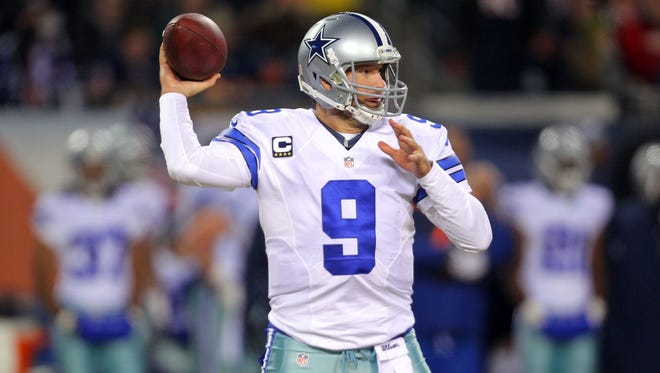 Dallas Cowboys quarterback Tony Romo revealed on Thursday he has been playing with broken ribs.