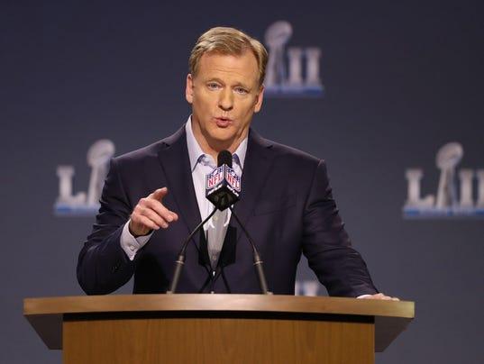 USP NFL: SUPER BOWL LII-COMMISSIONER ROGER GOODELL S FBN USA MN