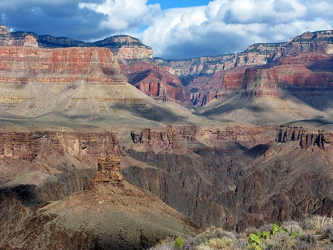 Among the USA's best views is the scene from the Grand Canyon's winding Rim Trail.