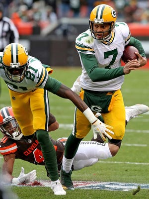 Green Bay Packers quarterback Brett Hundley (7) scrambles behind a block by wide receiver Geronimo Allison (81) against the Cleveland Browns on Dec. 10, 2017 at FirstEnergy Stadium in Cleveland.