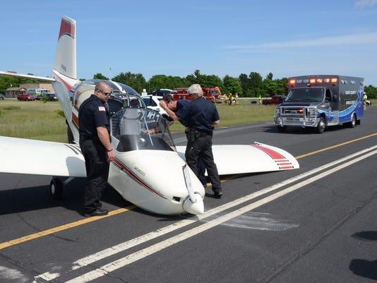 636034235847069496-DCA-0709-crash-landing.JPG