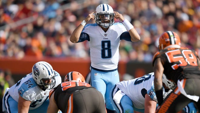 Titans quarterback Marcus Mariota (8) calls a play during the second quarter at FirstEnergy Stadium Sunday, Oct. 22, 2017 in Cleveland, Ohio.