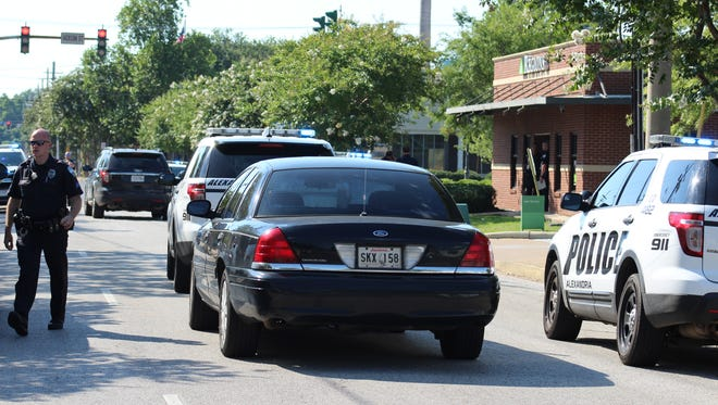 The search continues for the suspect in Friday's armed robbery of a downtown Alexandria Regions Bank branch. The Alexandria Police Department believes that the suspect, 55-year-old Mitchell Casmere, has fled the area.