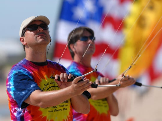 Kites Over Lake Michigan attractions feature giant